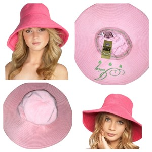 Juicy Couture NEW Juicy Couture Pink Terry Floppy hat