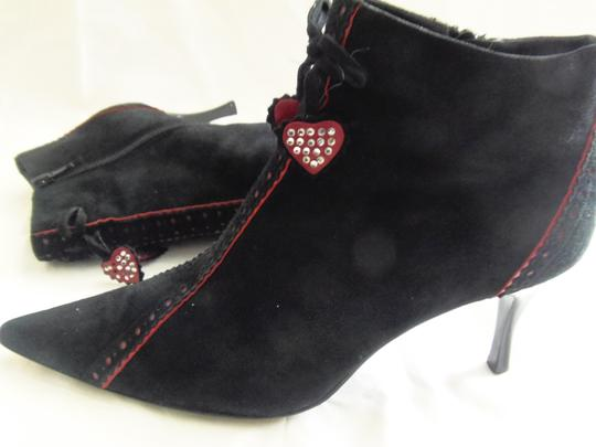 Richard Tyler Trendy Leather Ideal For The Holidays Black Boots