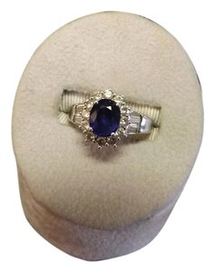 Sapphire and Diamond Ring Gorgeous Platinum Diamond and Sapphire Ring!