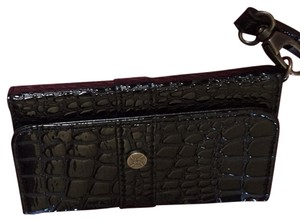 Nicole Miller iPhone 5 And 5s Wristlet