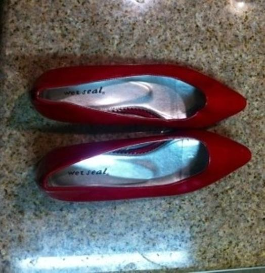 Wet Seal Red Flats