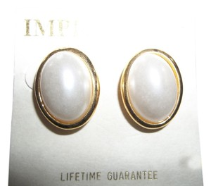 Impression Bridal Impressions, Pearl White Pierced Earrings