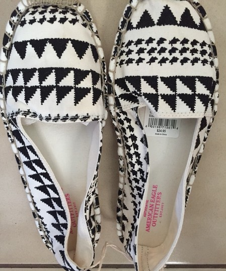 American Eagle Outfitters Black And White Flats