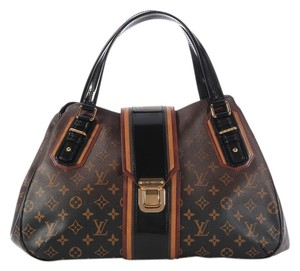 Louis Vuitton Lv Monogram Black Patent Trim Lv.k0225.09 Satchel