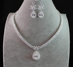 Luxury Bridal Cz Necklace Set