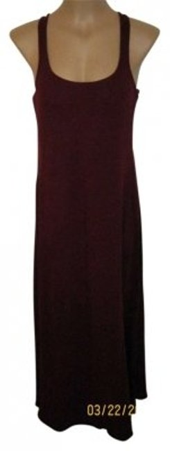 Preload https://item3.tradesy.com/images/mossimo-supply-co-burgundy-racerback-tank-cotton-lightweight-summer-beachy-maroon-long-casual-maxi-d-139317-0-0.jpg?width=400&height=650