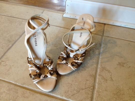 Isabella Fiore Strappy Heels Sandal Dressy Cream, Bronze, Gold Pumps