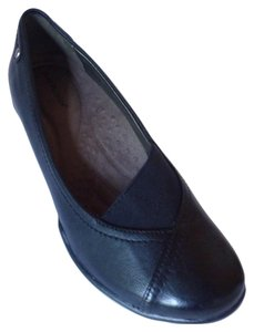 Hush Puppies Leather Black Flats