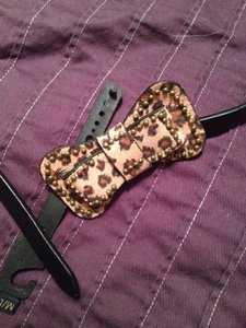 Other Belt with Leopard Bow Buckle