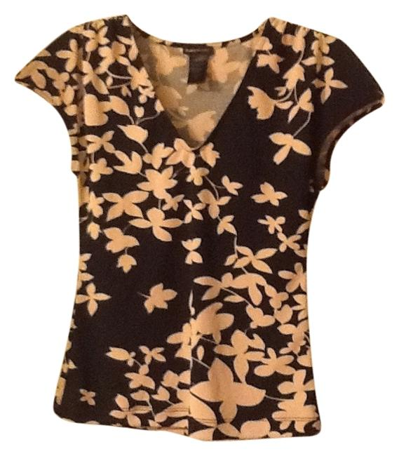 Preload https://item4.tradesy.com/images/bcbgmaxazria-black-and-cream-floral-polyester-blouse-size-4-s-139333-0-0.jpg?width=400&height=650