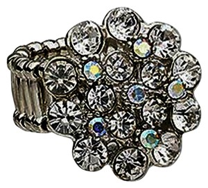 NEW with Tags Stretch / Elastic Adjustable Cocktail Ring with Rhinestone and Crystal Cluster --Sizes 6.5 - 9.5
