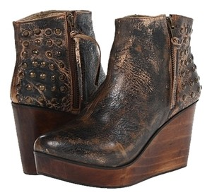 Bed Stü Black Distressed Leather Upper Studded Accent Boots