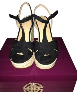 Pegabo Black Wedges