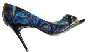 Carlos by Carlos Santana Blue Multi Pumps
