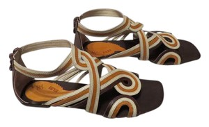 Sasha Fabiani Three Leather Colors Swirling Design Attractive Made In Italy Ivory/Ochre/Dark Brown Sandals