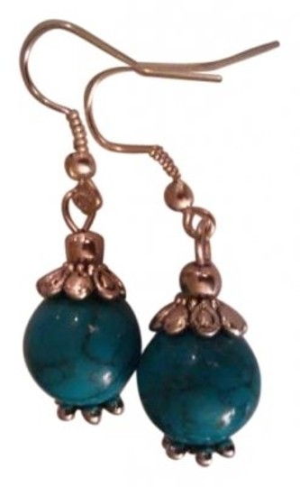 Preload https://item5.tradesy.com/images/turquoise-silver-genuine-earrings-139484-0-0.jpg?width=440&height=440