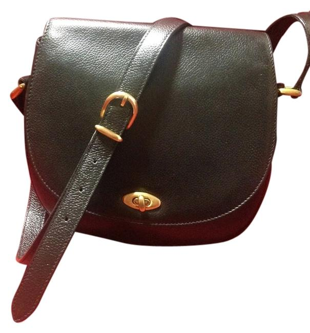 Item - Carlyle Madison Made In Italy 4401 Black Leather Cross Body Bag