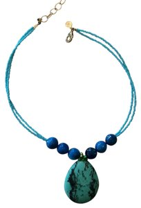 unknown turquoise costume necklace