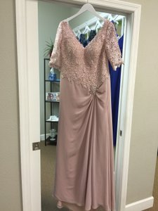 Montage Dusty Rose Chiffon & Lace 113906 Formal Bridesmaid/Mob Dress Size 12 (L)