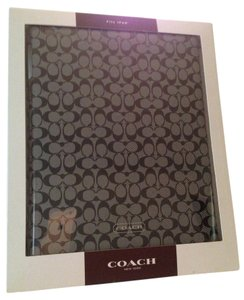 Coach New In Box Coach Signature Black and White iPad Hard Case