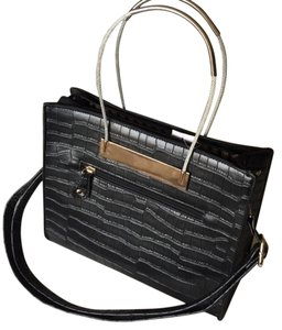 Barami Cable Wire Hardshell Croc Summer Key Item Ss16 Tote in Black