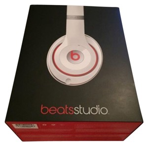 Beats By Dre Studio 2.0 (updated version) Over-the-Ear Headphones