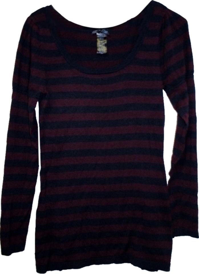 2bc70c4e88 Forever 21 Stretch Fitted Light Weight (Size Large). Purple   Blue Stripe  Sweater