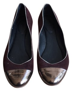 Rag & Bone Dark purple w. bronze metallic details. Flats