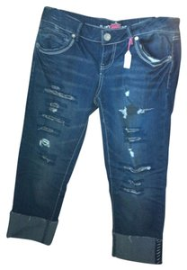 Almost Famous Capris Blue denim