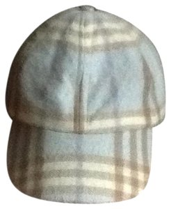 Burberry Authentic Burberry Cashmere Hat