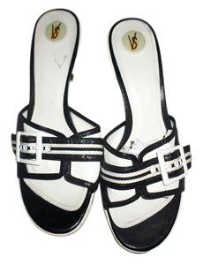 Victoria's Secret 9m Black & white Mules