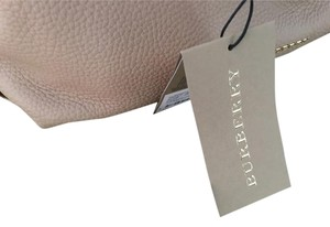 Burberry Leather Baynard Tote in Nude