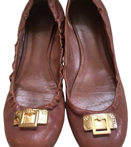 Tory Burch Goldtone Medallion Toffee Toffe (Brown) Flats