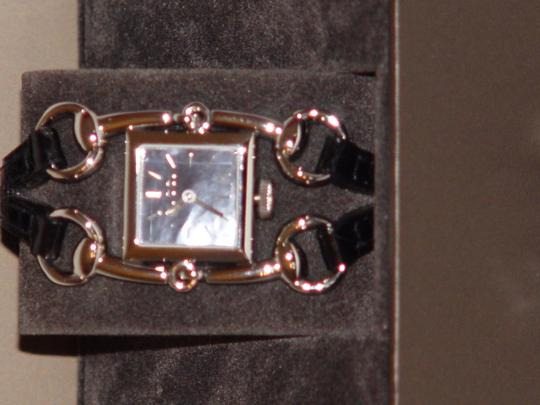 Gucci GUCCI SIGNORIA WATCH - NWT - Model number: YA116503