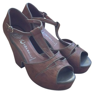 Jeffrey Campbell Wedge Size 8.5 Brown Sandals