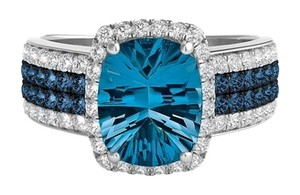 Helzberg Diamonds 14k white gold London Blue Topaz ring with 3/4 carats of blue and white diamonds