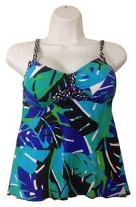 24th & Ocean 24th & OCEAN Swim Top woman swimwear size Small