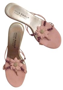 Mila Paoli Leather Pink with silver accent and brown beads Sandals