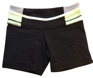 Lululemon Reversible Yoga Short