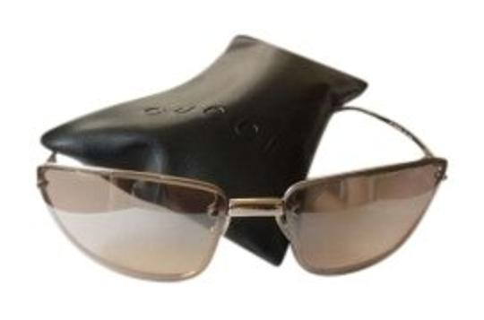 Preload https://img-static.tradesy.com/item/140007/gucci-gold-sunglasses-0-0-540-540.jpg