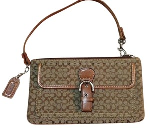 Coach Wristlet in Signature Coach