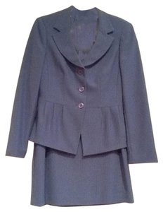John Meyer of Norwich Women's skirt suit