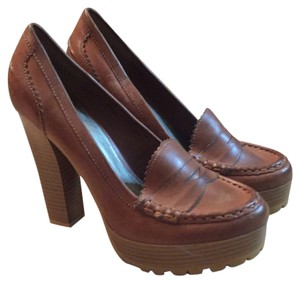 MIA Penny Loafers Size 8 Leather Brown Pumps