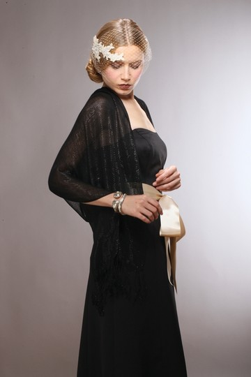 Luxurious Mesh Evening Or Prom Wrap 3557w