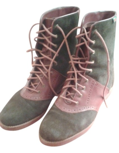 Preload https://img-static.tradesy.com/item/14005249/bass-tan-and-burgundy-suede-laced-bootsbooties-size-us-10-regular-m-b-0-1-540-540.jpg