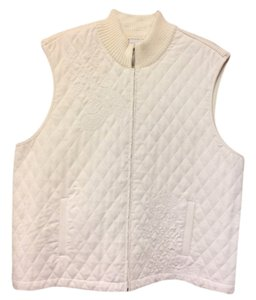 Alfred Dunner Excellent Preowned Condition Quilted Warm Goes With Anything Vest