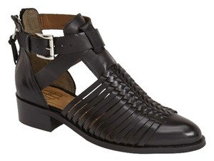 House of Harlow 1960 Delaney Huarache Sandal Strappy Black Boots