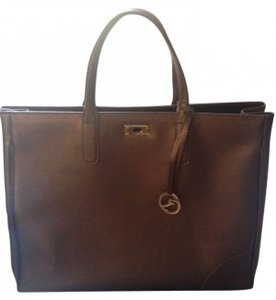 Varriale Tote in bronze