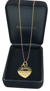 TIFFANY & Co. RETURN TO HEART 18k 750 GOLD NECKLACE TIFFANY&Co. RETURN TO HEART 750 GOLD NECKLACE