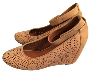 Jeffrey Campbell Suede Every Season Any Outfit Versatile Nude Wedges